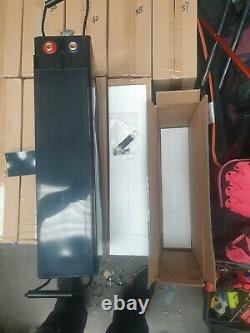 RENEWABLE/LEISURE/MOTOR-RRP £1K. Lead crystal battery 6-CNFT-170 12V 170Ah M8-F